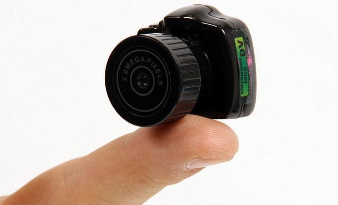 Самый маленький фотоаппарат в мире (10 фото)