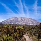 Гора Килиманджаро - высочайшая вершина Африки фото