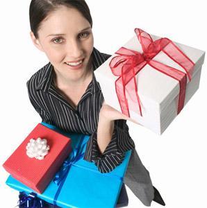 выбираем подарок начальнице