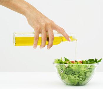 польза льняного масла для организма женщины